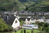 Scenic mountain town — Stock Photo