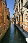 Smalle kanaal. venetië, italië. — Stockfoto