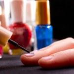 Polishing fingernails — Stock Photo