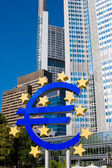 Famous blue euro sign in Frankfurt am Mein — Stock Photo