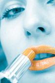Aplicar cosméticos digitalmente pintado imagem — Foto Stock