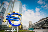 Famous euro sign in Frankfurt — Stockfoto