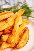 Batata frita com hortaliças — Foto Stock