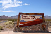 Death Valley National Park sign, Nevada, USA — Stock Photo