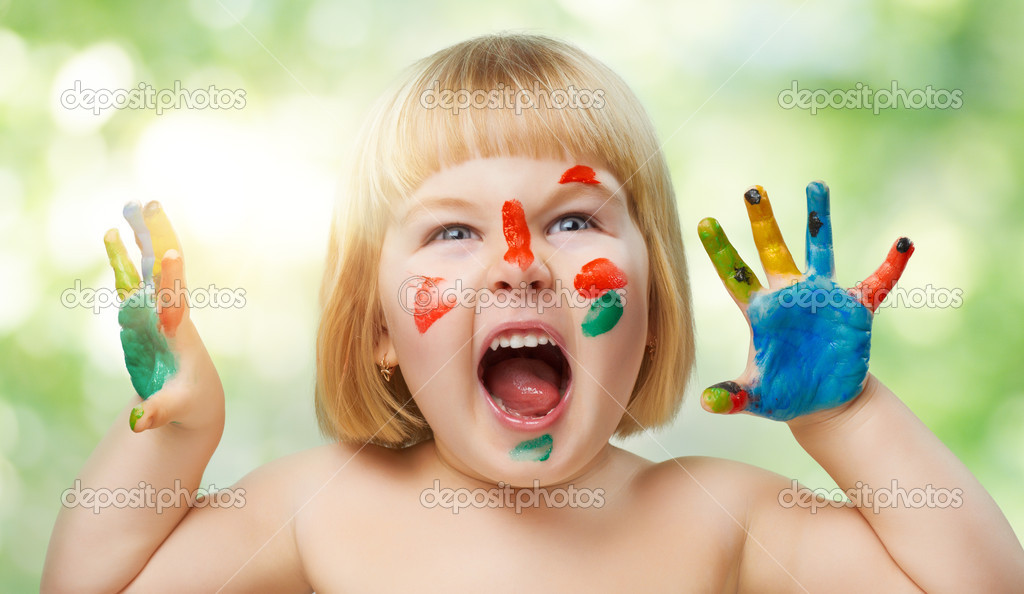 A beautiful child enjoying life — Stock Photo #8759207
