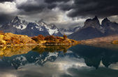 Sunrise in Torres del Paine National Park — Stock Photo