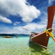 Tropical beach, Andaman Sea, Thailand — Stock Photo #8414389