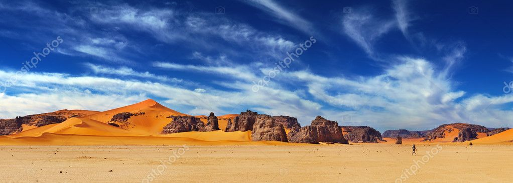 Sand dunes and rocks, Sahara Desert, Algeria — Stock Photo #8691796