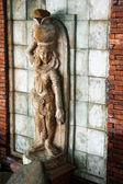 Alte statue — Stockfoto