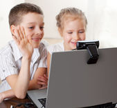 Сhildren communicate with online — Stock Photo