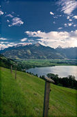 Zeller lake with Alps and clouds — Stock Photo