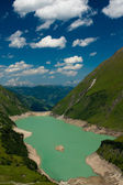 Kaprun Dam, lake and Alps — Stock Photo