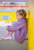 Little girl sitting — Stock Photo