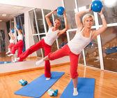 группа упражнения фитнес — Стоковое фото