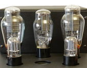 Vacuum tube amplifier — Stock Photo