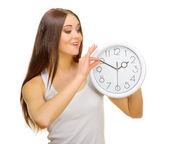 Saatleri ile genç kız — Stok fotoğraf