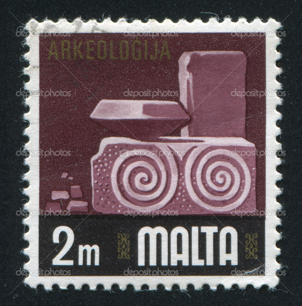 MALTA - CIRCA 1973: stamp printed by Malta, shows Archaeology, circa 1973 — Stock Photo #10282298