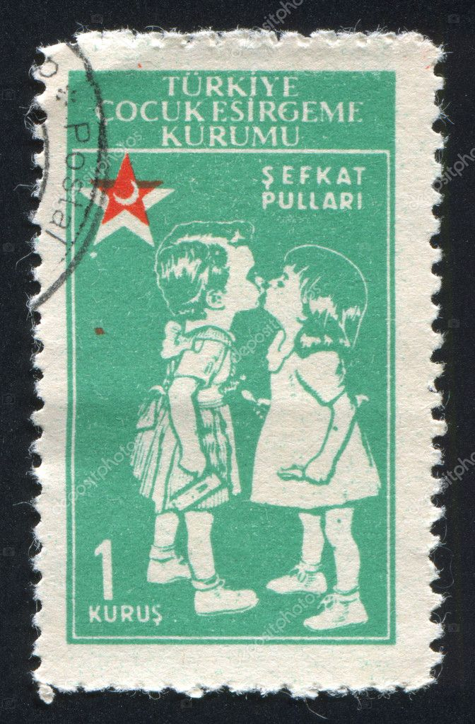TURKEY- CIRCA 1955: stamp printed by Turkey, shows kissing children, circa 1955 — Stock Photo #9638739