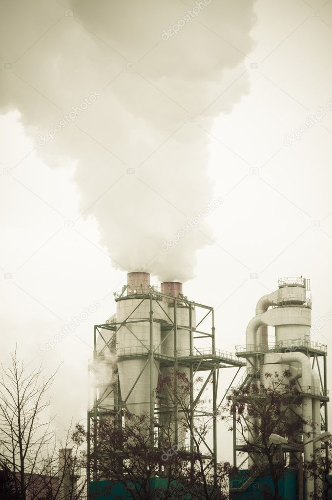 Dirty smoke and pollution produced by chemical factory — Stock Photo #9574630