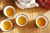 Groene thee in chinese cups — Stockfoto