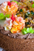 Cake with cream roses — Stock Photo