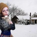女人吹雪 — 图库照片
