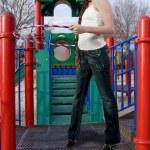 Mädchen mit Hula hoop reifen — Stockfoto #9291988