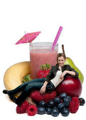 Teenage Woman with Fruit Smoothie — Stockfoto