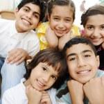 Gruppe von glücklichen Kindern — Stockfoto