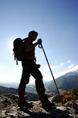 Femme trekking — Photo