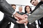 Grupo de negócios com as mãos juntas para a unidade e parceria — Foto Stock