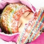 Girl in snow — Stock Photo
