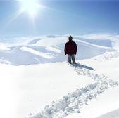 Human on mountain, winter, snow, walk — Stock Photo