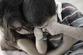 Trochu špinavé bratr a sestra, chudoba, špatný stav — Stock fotografie