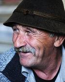 Portrait de vieil homme avec moustache — Photo