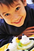 Dessert, sweet, fruits, cream, plate, and cute kid — Stock Photo