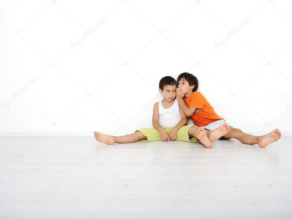 Happy children sitting at home, indoor — Stock Photo #8846372