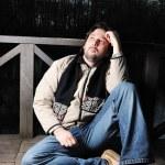 junger Mann, fallen Szene, Herbst Kleidung — Stockfoto