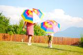 Activité enfants, parapluie, été, jouer, drôle — Photo