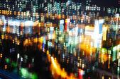 在夜晚,blured 城市之光 — 图库照片
