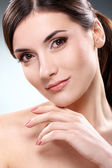 Beautiful brunette with clean face — Stock Photo