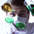 Scientist working in laboratory — Foto Stock