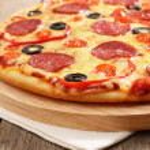 Pepperoni pizza — Stock Photo #8933908