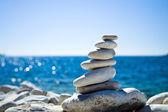 Pile de pierres, plage croate — Photo