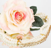 The beautiful bridal white rose and pearls beads — Stock Photo