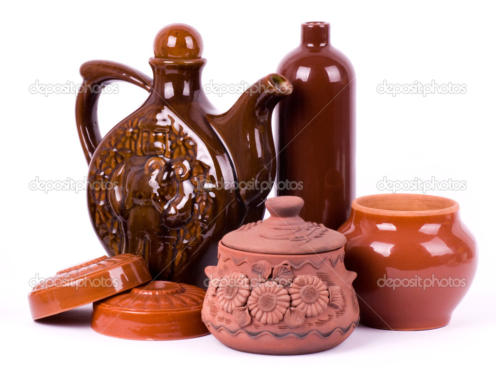 Clay pots isolated on white background — Stock Photo #10655385