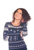 Hermosa niña sonriente en suéter de navidad — Foto de Stock