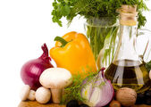 Zeytinyağı ve sebze — Stok fotoğraf