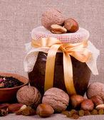 Beautiful jam, tea and nuts — Stock Photo