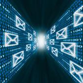 E-mail icons flying along walls of binary code — Foto de Stock